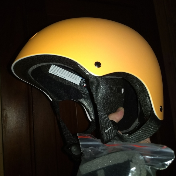 Glaf Other - BIKE HELMET - Small / Kids Size - Sports Safety